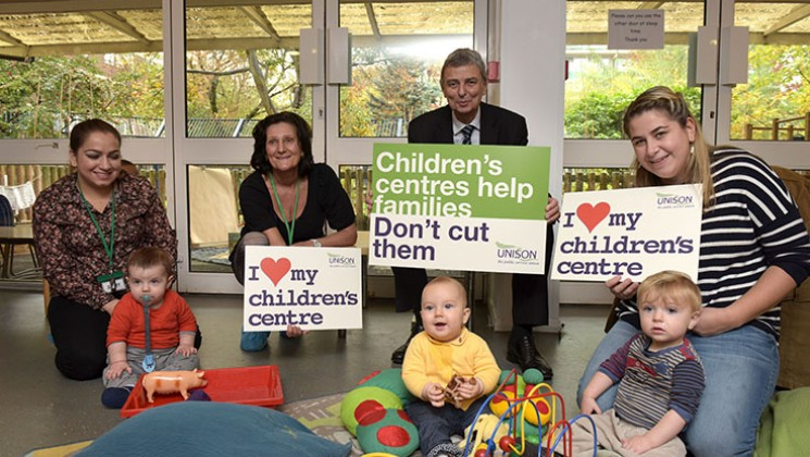 Dave Prentis, General Secretary of UNISON, visiting Bemerton Children's Centre in Islington, London