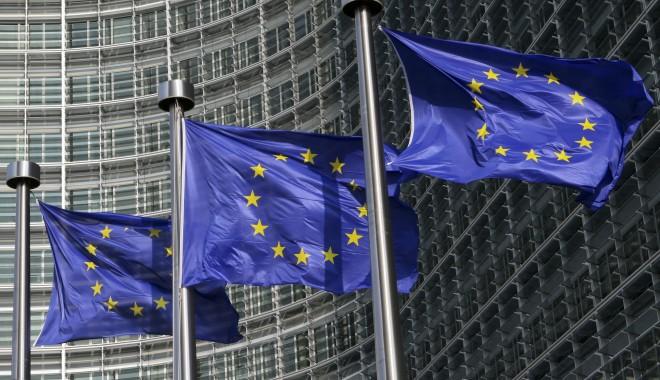 bigstock-European-Flags-In-Brussels-5006556
