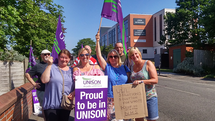 picket line at Leigh